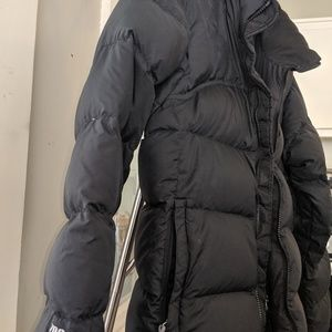 The North Face Jackets & Coats - Women's North face 700